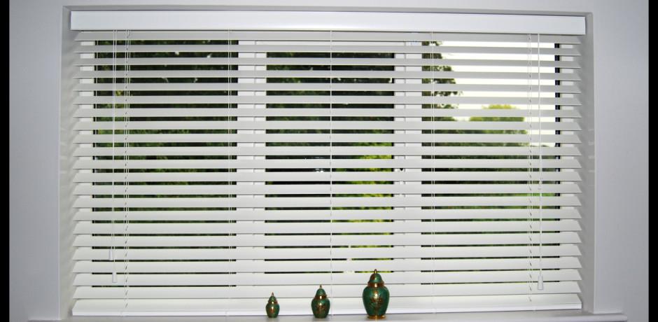 Persianas bella vista persianas en aluminio for Ventanas de aluminio con persiana baratas